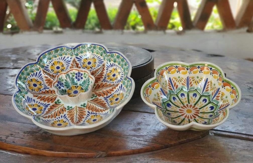 mexican ceramic mexican potttery folk art talavera Gorky Gonzalez Snack Flower Set of 2<br> (Flower Bowl <br>& Flower Tortilla Chip Bowl)
