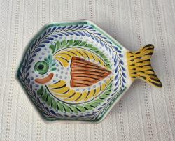 mexican-ceramic-fish-snack-plate-tableware-tabledecor-handcrafts-mexico-folk-art-handpainted