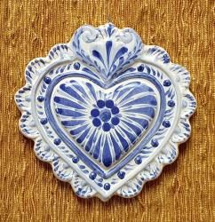 mexican-ornament-love-heart-red-hand-crafts-pottery-hand-made-mexico-decorative-christmas-nativity-talavera-majolica-blue-amazon-2